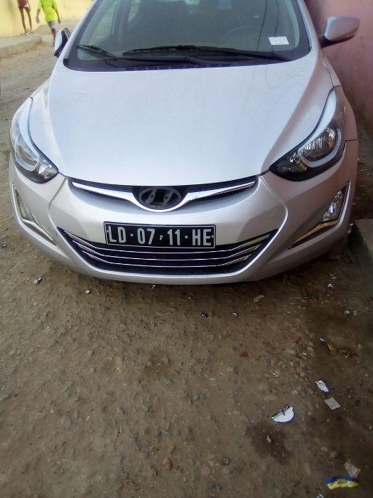 Hyundai Elantra Automatico Novo