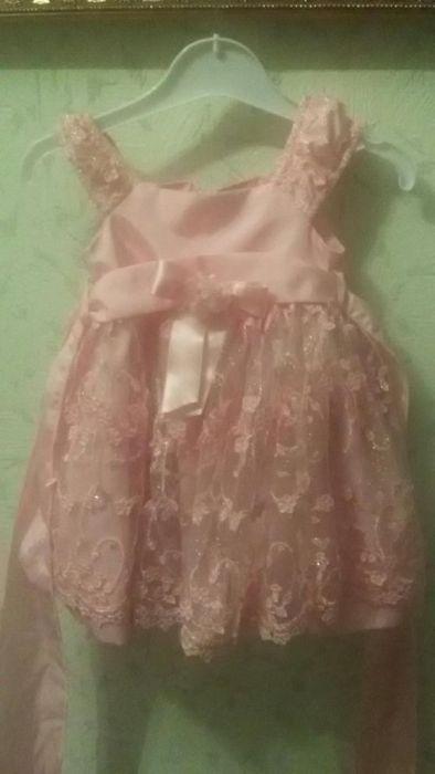 Продам детское красивое платье