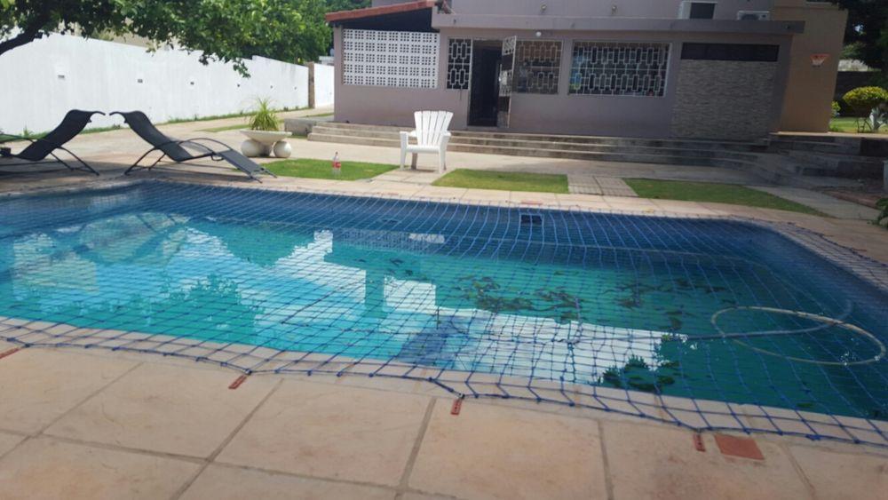 Arrenda se no condominio do malhapfuene tp3 com piscina