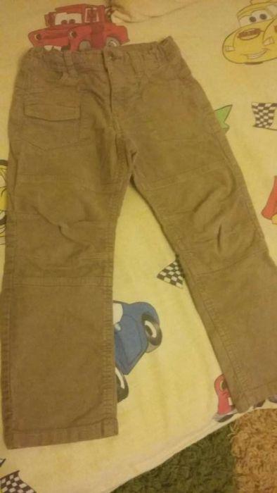 Vând pantaloni