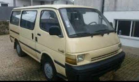 Toyota hiace Buela - imagem 1