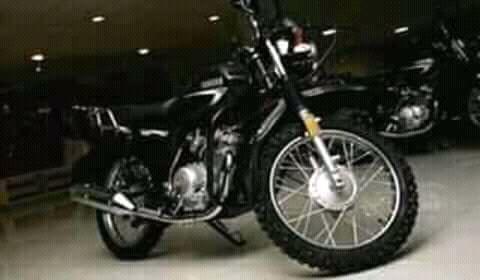 Moto yamaha crux
