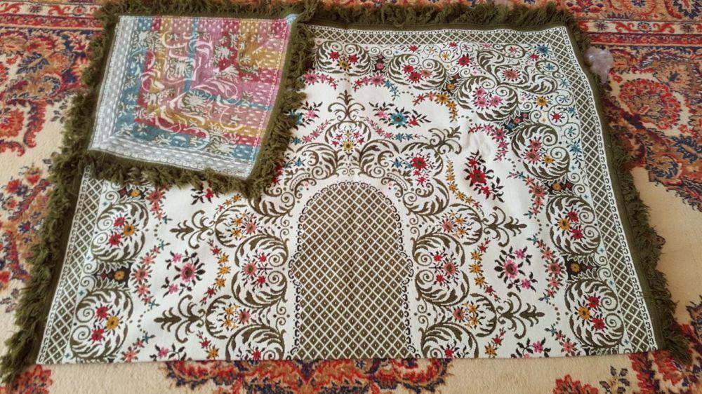 Продам бельгийскую ковровую скатерть на стол 200×150 см