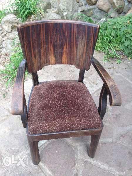 старинен стол-кресло