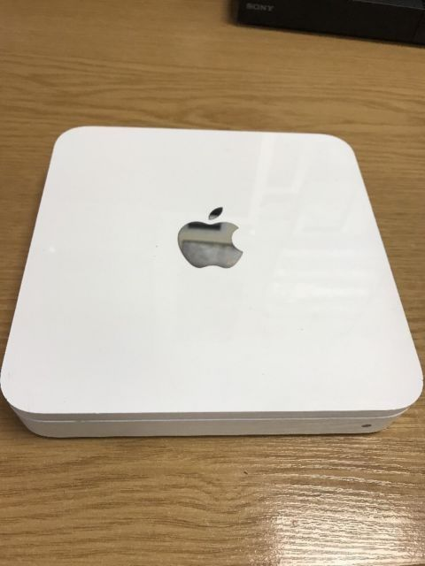 Apple AirPort Time Capsule, 3th generation, model A1355, HDD 500GB