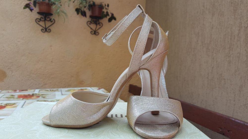 Sandale aurii ocazie, 35