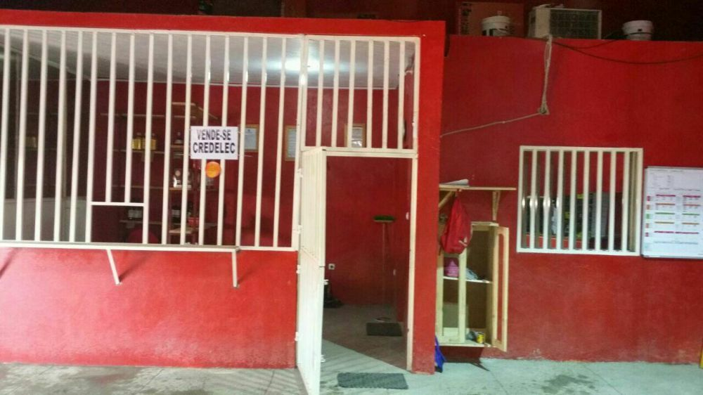 Vende se luxuoso Armazém em Romão, Cidade de Maputo