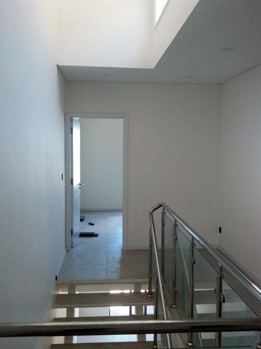Arrenda se moradia duplex t3 luxuosa c piscina no condominio Mares Sommerschield - imagem 2