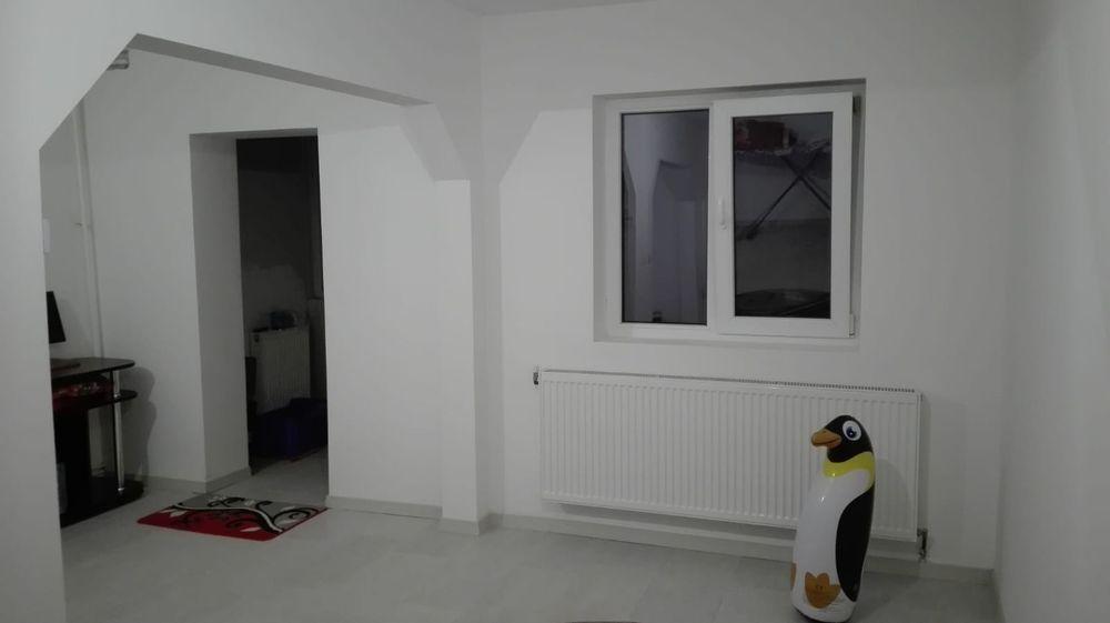 Vanzare  apartament  cu 3 camere  decomandat Maramures, Baia Mare  - 50000 EURO