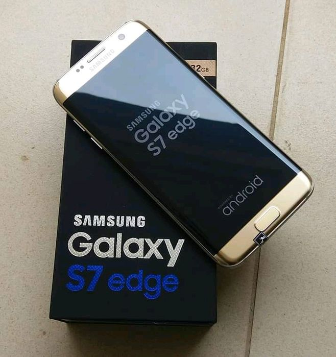 Temos Samsung Galaxy S7 Edge com 32Gb Dual Sim.