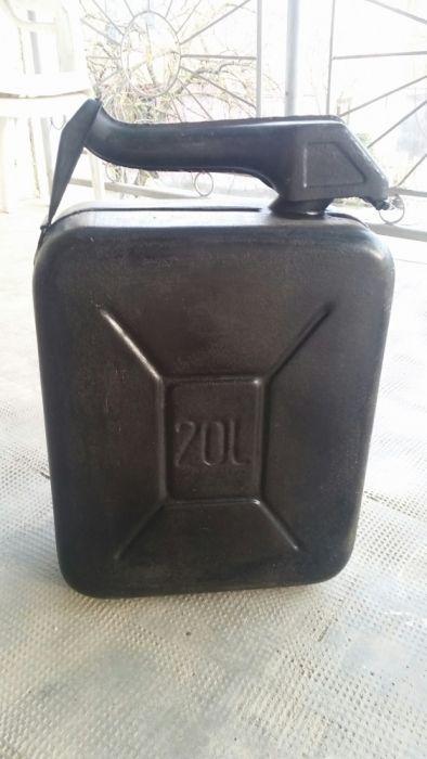 Canistra metalica 20 litri cu pilnie