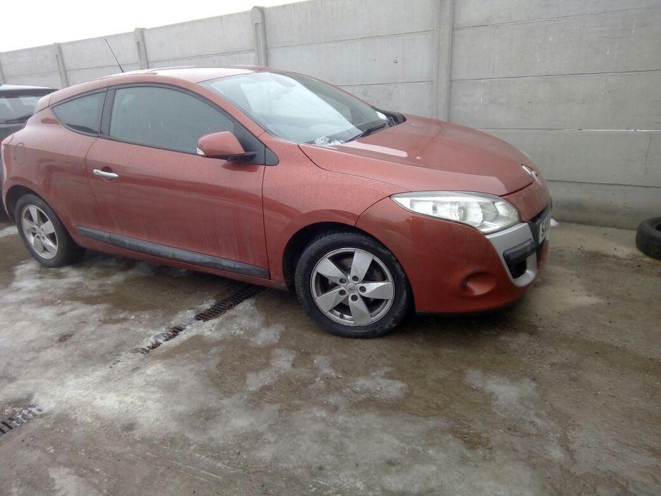 Dezmembrez / dezmembrari Renault Megane 3 coupe