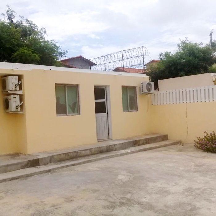 Arrendamos Vivenda T4 Condomínio Ensa Talatona Kilamba - imagem 5