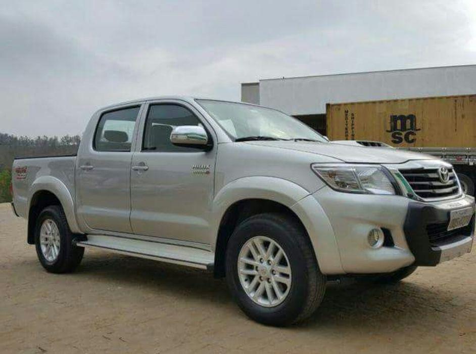 Toyota hilux vigo novo disponivel