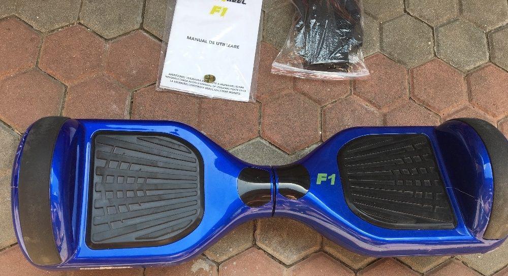 Hoverboard Freewhell F1 cu husa si incarcator