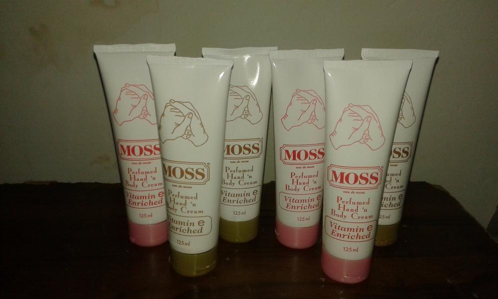 Cremes Moss (Perfumed Hand 'n Body Cream)