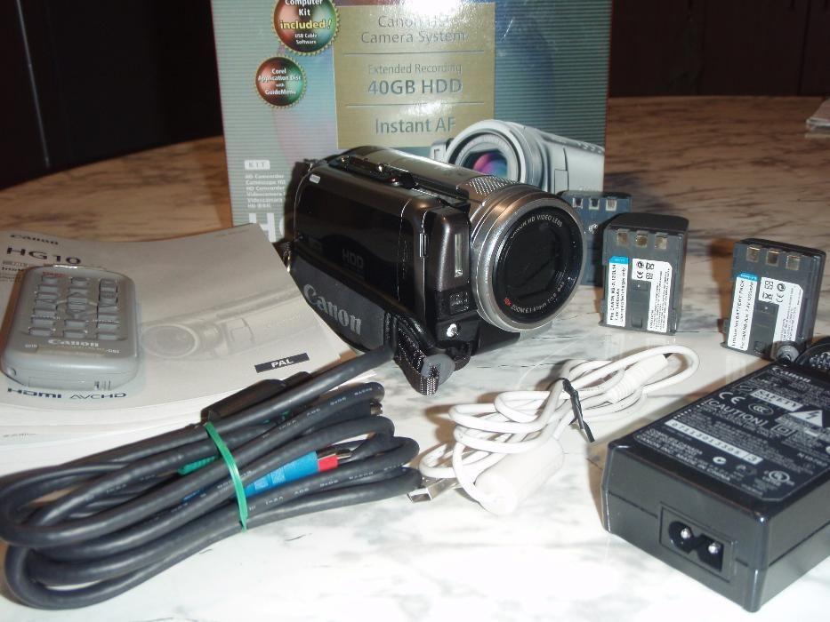 Видео камера Canon HG 10
