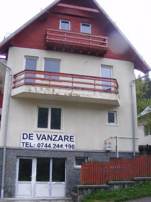 De Vanzare Vila Busteni la poalele Caraimanului.