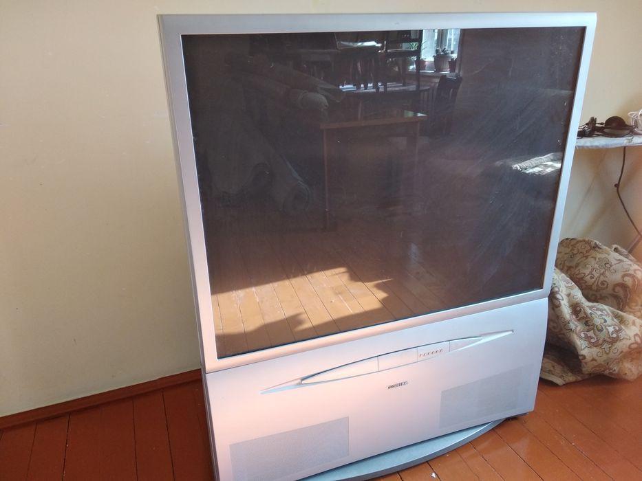 Toshiba телевизор проекционный