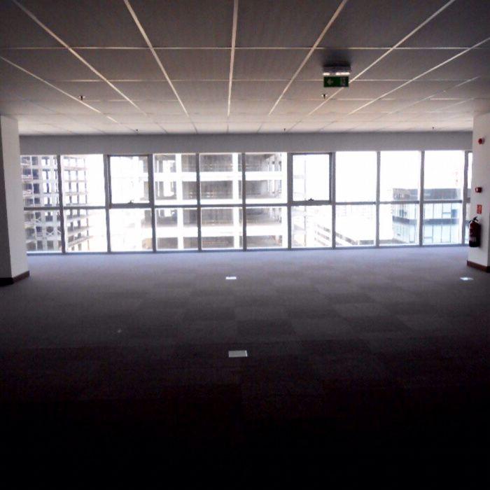 Arrendamos Escritório Belas Business Park Talatona - imagem 7
