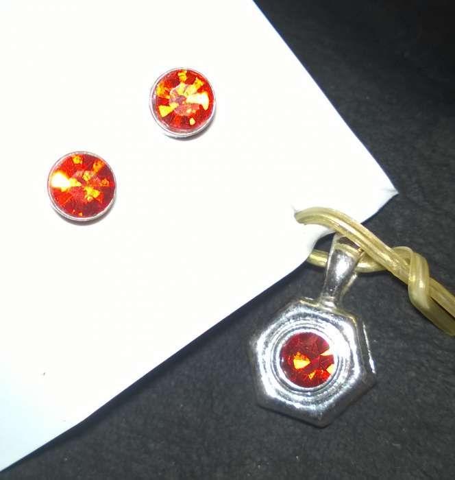 Set de cercei si medalii Avon