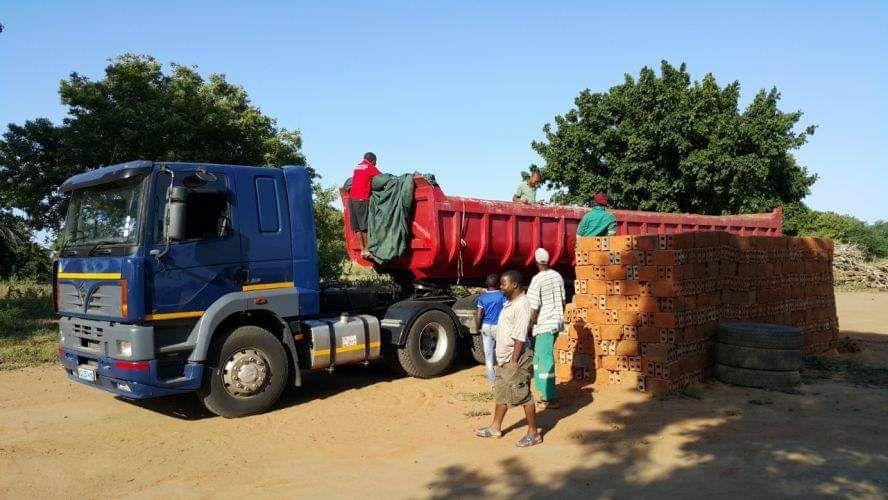 Super camiao de 55toneladas a venda Maputo - imagem 3