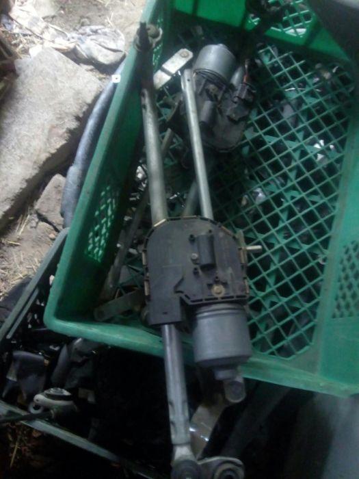 Моторче за чистачки за голф 6