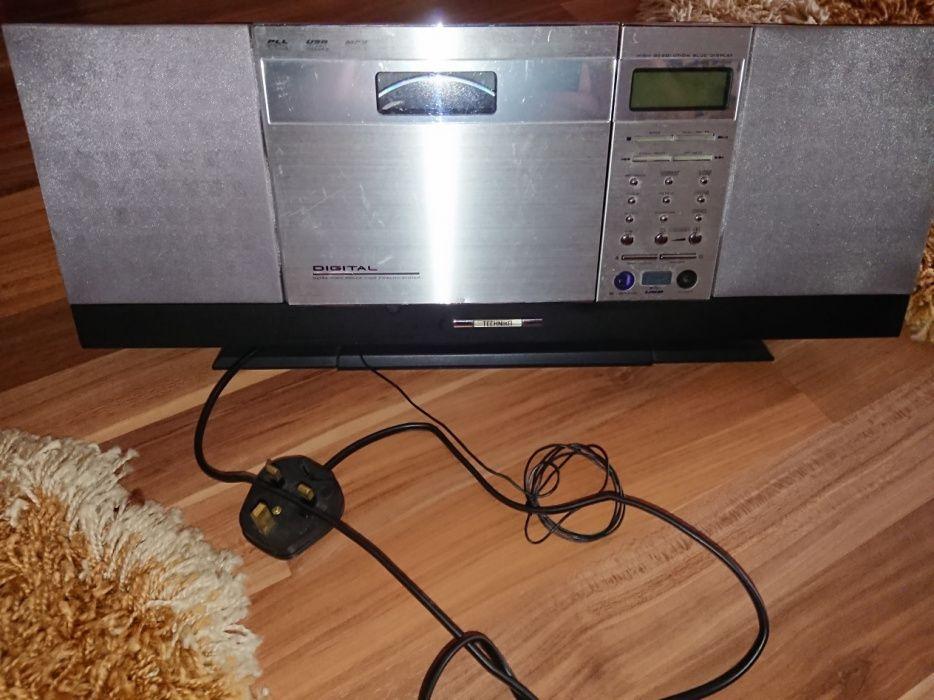 Technica radio,cd Mp3 ,usb