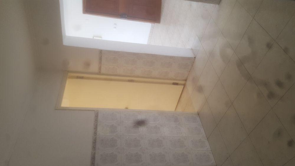 A luga se este apartamento t.2 no Maculusso próximo a sistec Maianga - imagem 5
