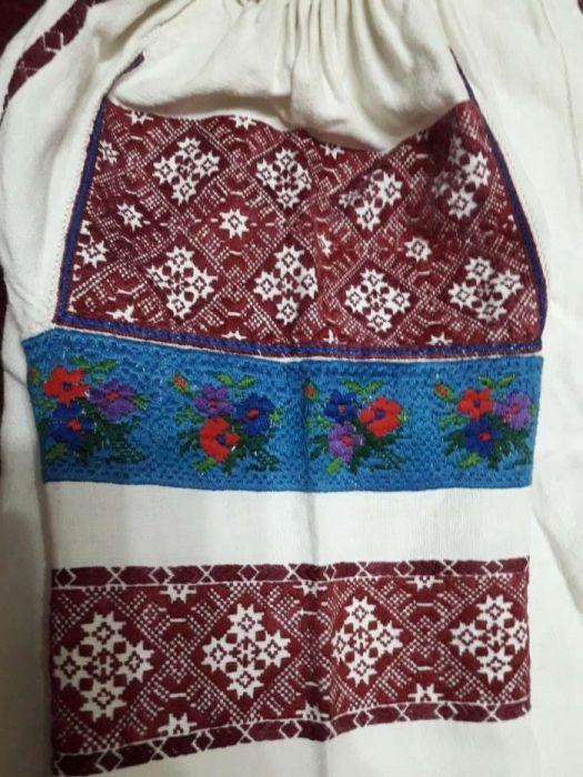 Costum popular de dama Radauti - imagine 7