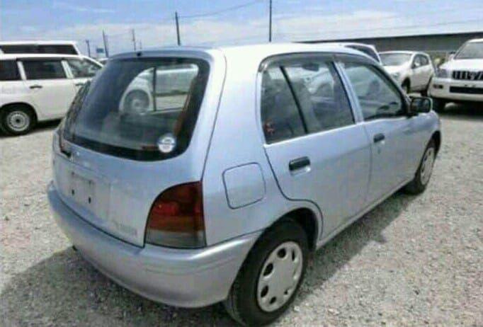 Venda de Toyota Starlet Sonangol