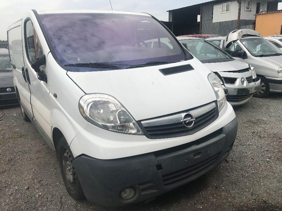 Dezmembrari Opel Vivaro Facelift X83 2001–2014 2.0 CDTI