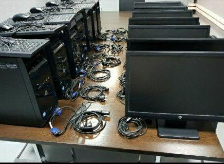 Computador HP de Mesa Disponivel