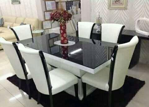 Mesa de jantar de 6 lugar