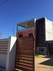 Alta Moradia a venda no Costa do sol-Av. Marginal