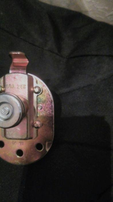 Ключ маса за автомобил 12волта