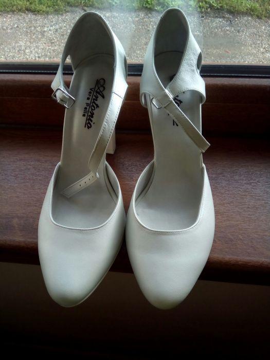 Pantofi antinio de mireasa