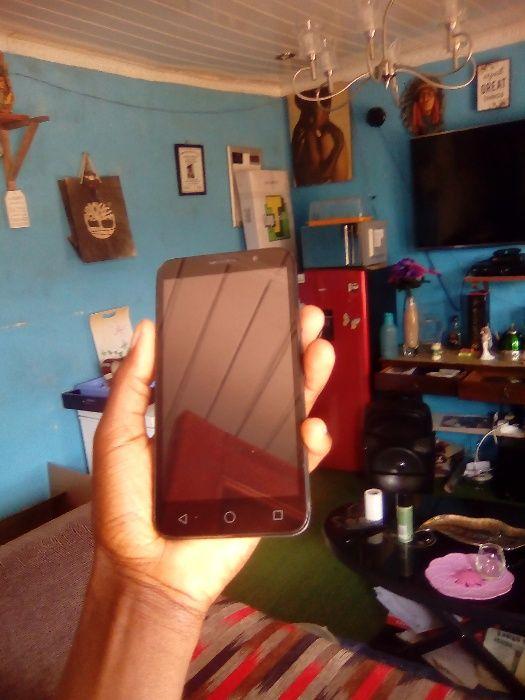 Vodafone Smart Kika 7 Sul africano lê todas redes