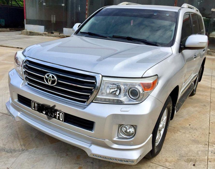Vende-se Toyota V8 51000 km a dezasseis milhões e oitocentos mil