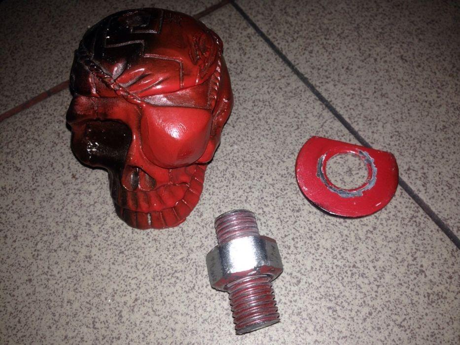 preț fix Craniu pirat din fier sau fontă