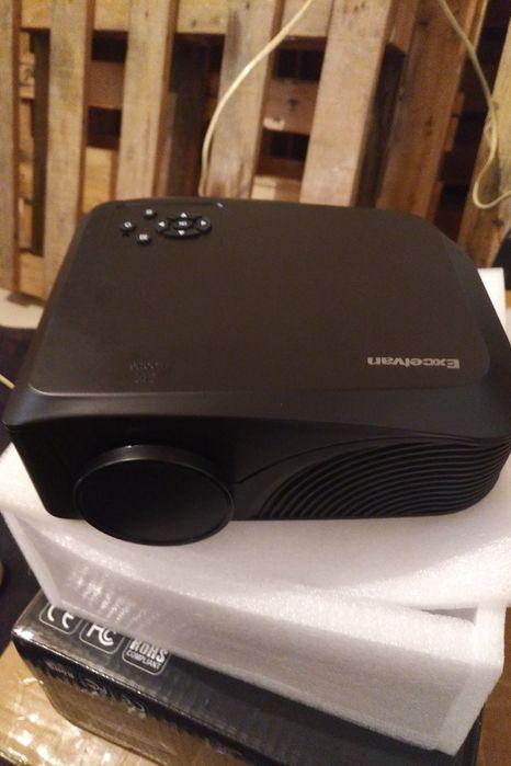Compre a Sua Mini Projectora e Assiste aos Seus Filmes/Jogos em Grande