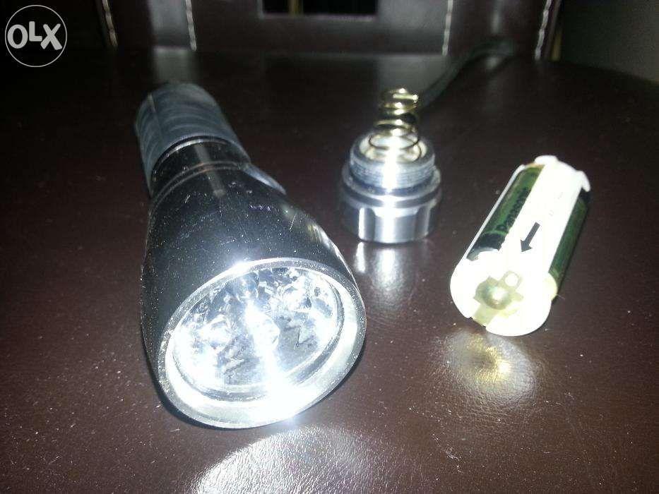 Lanterna LED metalica (6 x LED + 1 x halogen)