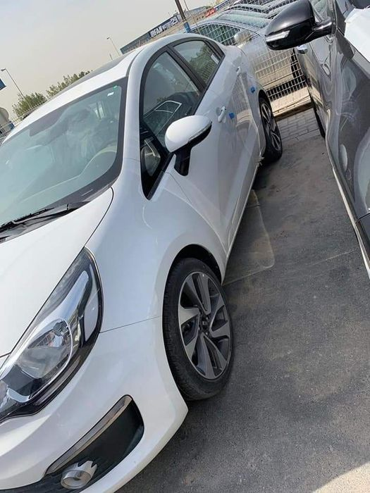Kia Rio Sedan Full full recém chegado do Dubai 0 km