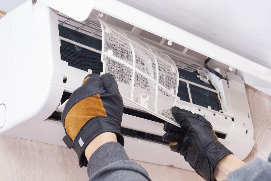 Montagem e Manutenção de Ar Condicionado AC, Industrial ou caseró Futungo de Belas - imagem 5