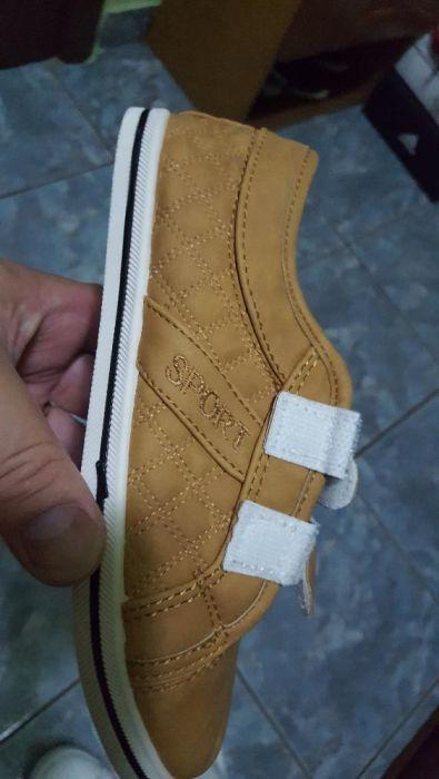 Adidasi-pantofi casual noi marimea 33