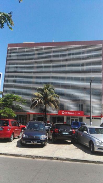 Escritorios no Edificio Novo_Polana 24 de Julho perto Mimos
