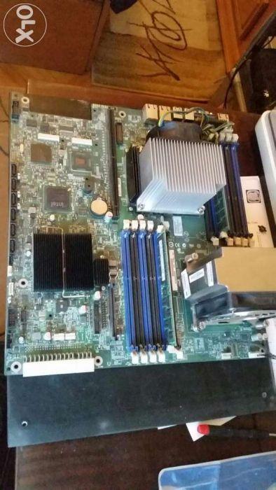 Kit server cu 1 procesor quad core E5620, 8GB RAM
