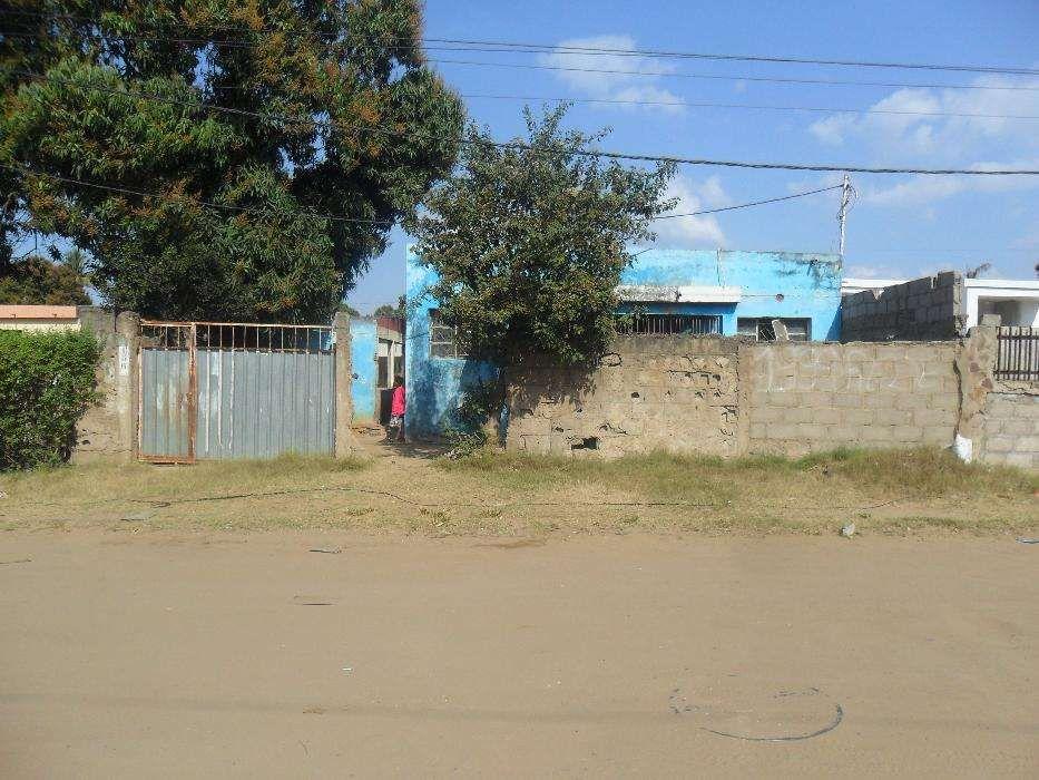 vende-se casa no bairro patrice Lumumba Bairro Central - imagem 1