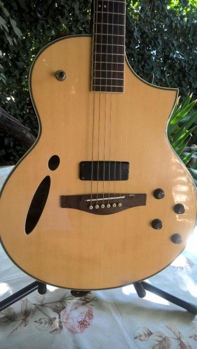Chitara Ibanez Montage Hybrid Cutaway Acoustic Electric