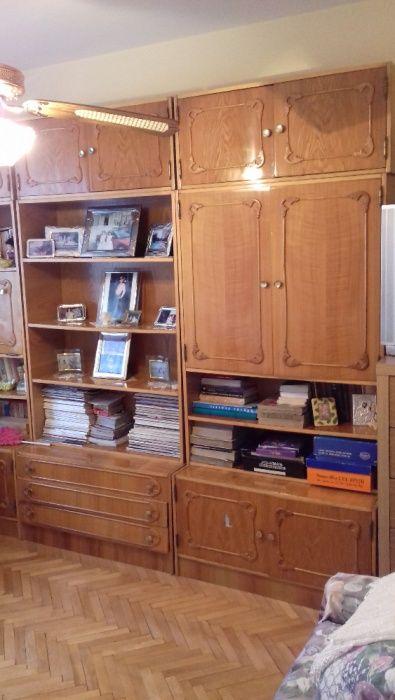 Mobila de biblioteca cu furnir compusa din 3 coloane, 9 corpuri total